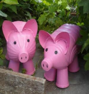 Свинья своими руками из подручных материалов