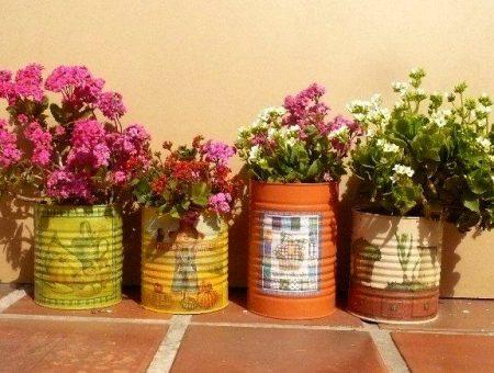 cvetochnye-vazy-iz-banok
