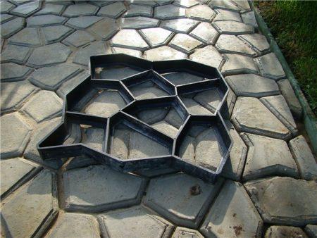 как выглядит форма для садовой дорожки