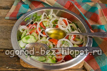 довести салат до кипения