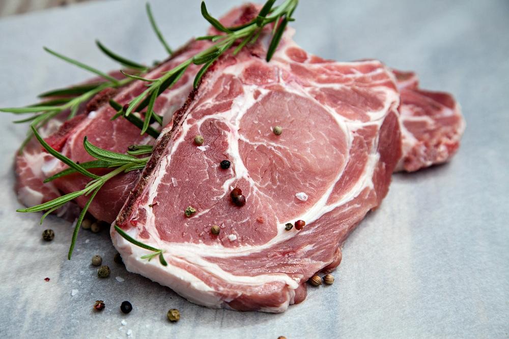 Мясо с розмарином