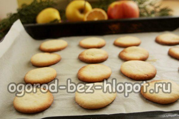 запечь печенье в духовке