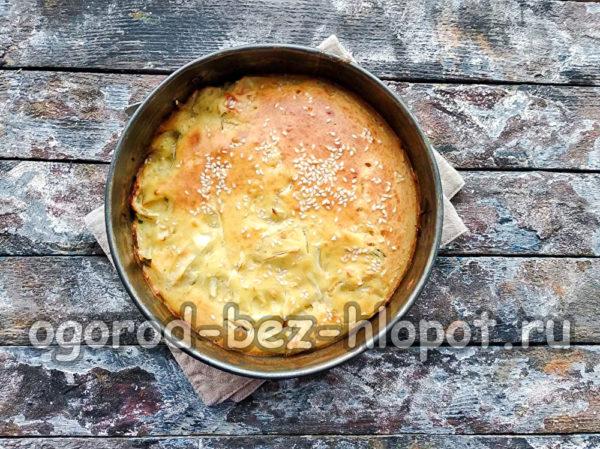 капустный пирог готов