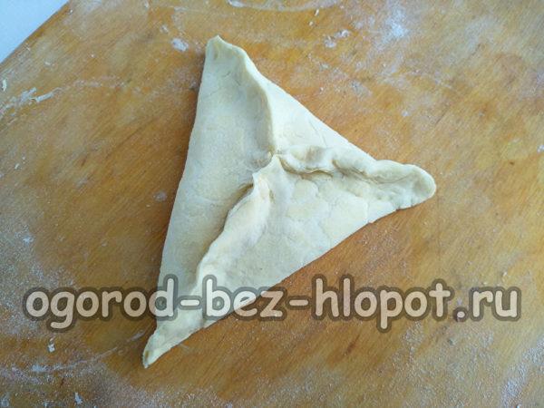 сформировать треугольный пирожок