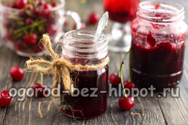 вишневое варенье готово