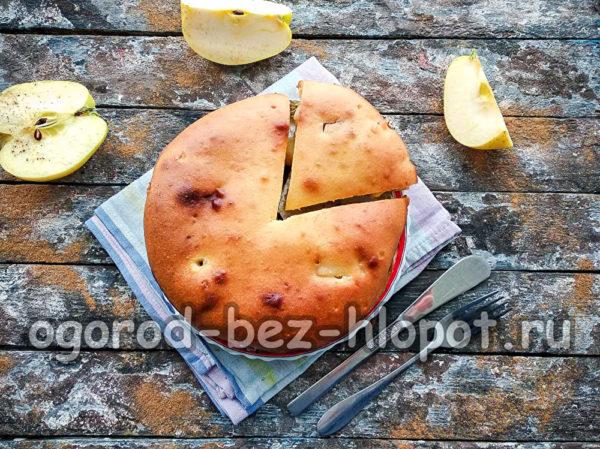 яблочный пирог, который тает во рту, готов