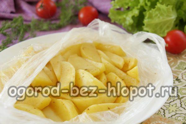 картошку запечь в микроволновке