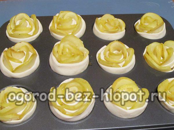 запечь розы в форме для кексов