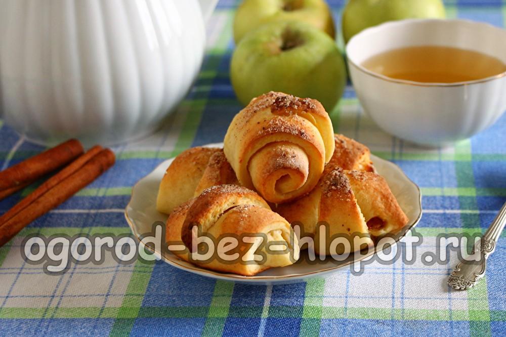 рогалики с яблоками из творожного теста