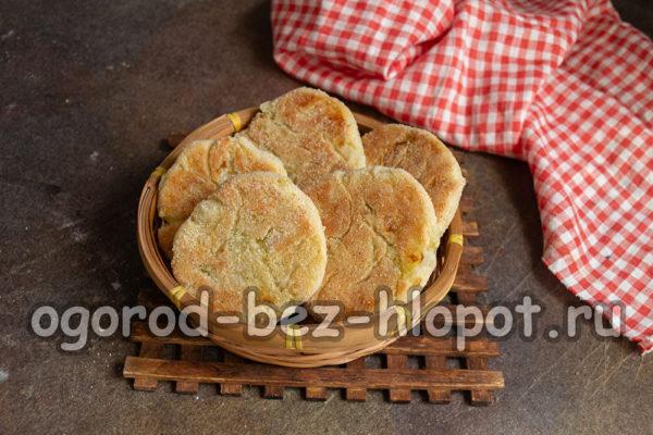 капустные булочки готовы
