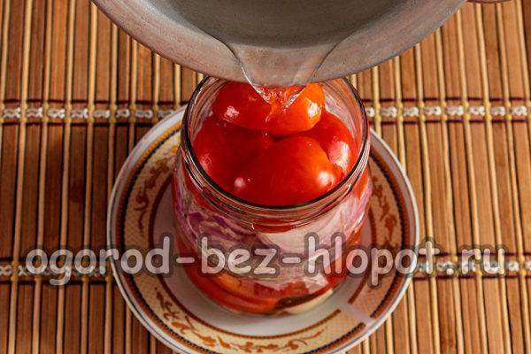 залить салат маринадом